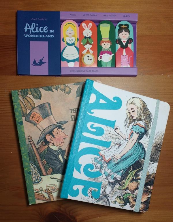 alice-wonderland-stationery