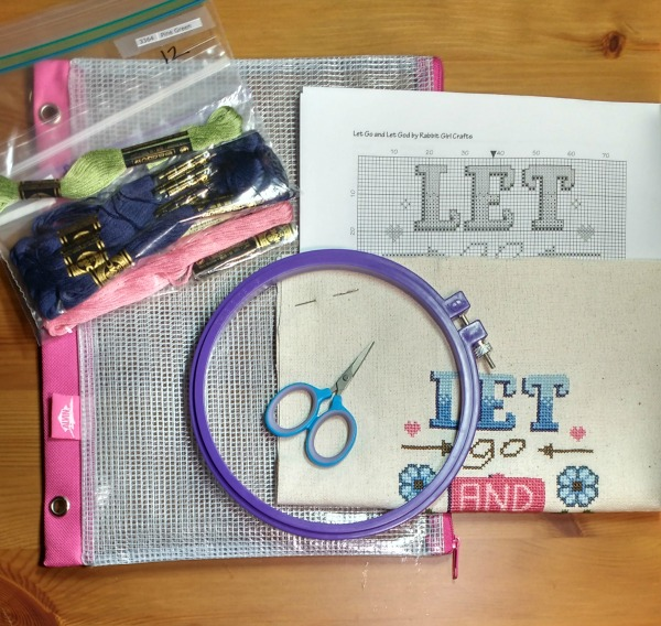 what's in my cross-stitch project bag