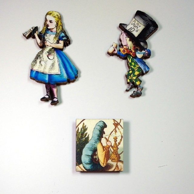 Alice in Wonderland needle minders