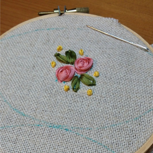 ribbon embroidery roses